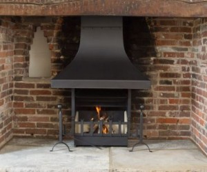 Camelot Thermovent in large Inglenook